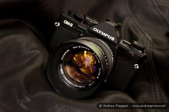 Olympus_OM-2S_550_2.jpg